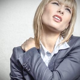 Nackenschmerzen – schnelle Hilfe direkt fürs Büro
