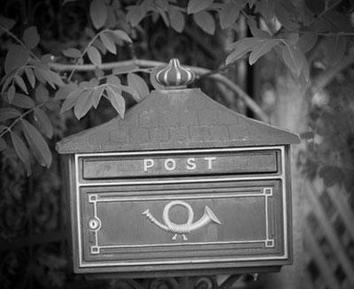 im Büro 1970 wurde noch viel Post versendet