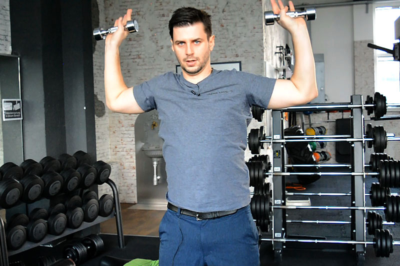 Fitness Trainingsplan Military Press