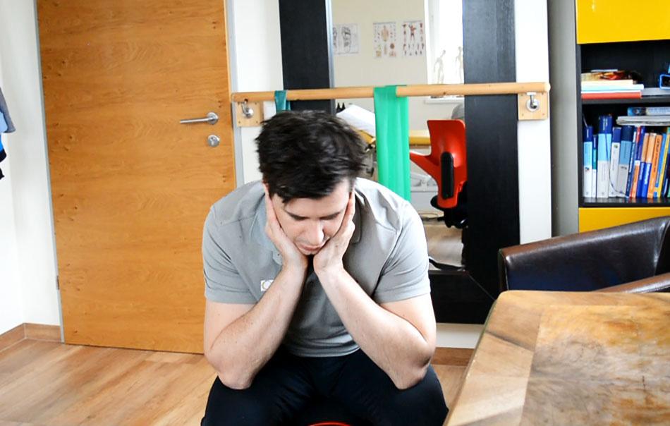 Übungen am Arbeitsplatz - Kutschersitz, Entspannung